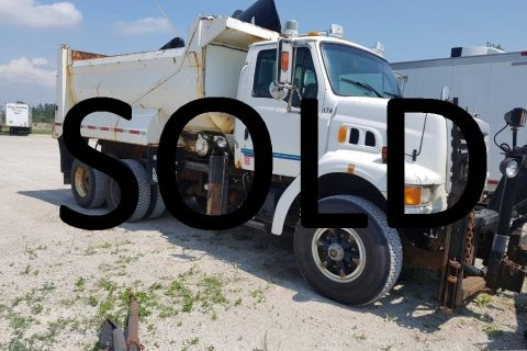 2004 STERLING LT9500 DUMP TRUCK WITH VIKING SNOW PLOW $18500