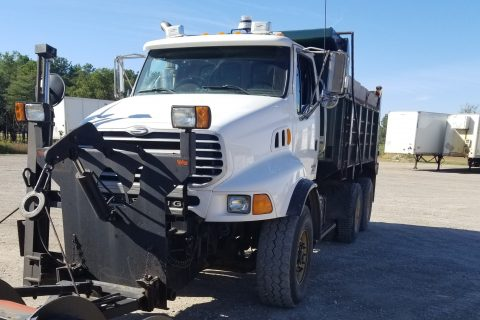 2003 STERLING LT9500 TANDEM DUMP TRUCK WITH SNOW PLOW AND WING $22,500