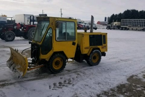 TRACKLESS MT SNOW PLOW $8500