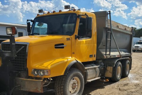 2003 VOLVO VHD DUMP TRUCK WITH SNOW PLOW AND SANDER – $32500
