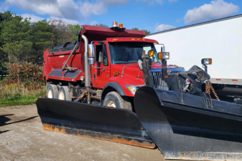 2003 INTERNATIONAL 7500 DUMP TRUCK WITH SNOW PLOW AND SANDER $24,800