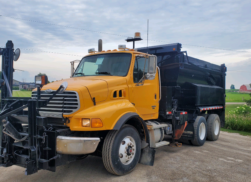 2008 STERLING LT9500 TANDEM AXLE DUMP TRUCK WITH SNOW PLOW  $37,500