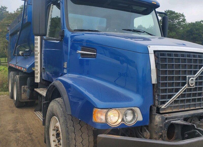 2008 Volvo VHD Tandem Axle Dump Truck $38,500